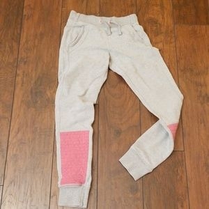 Ivivva Athletica pink patch sweat pant jogger A418